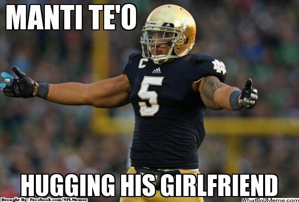 Manti Teo'O hugging air