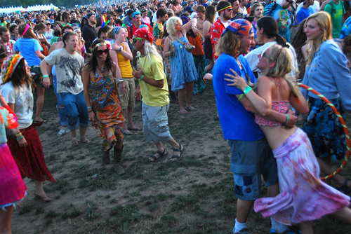 rothbury-2009-hippies